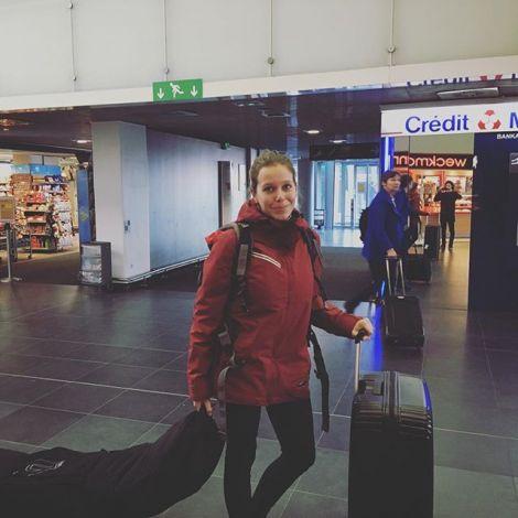 Boarding... ✈️ #kirgistan #erlebees