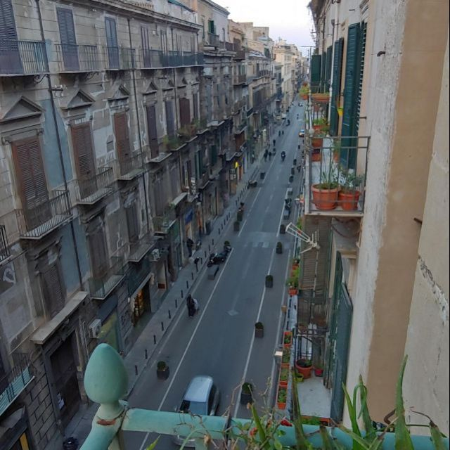 Stromausfälle und die Suche nach Bettzeug –die ersten Tage in Palermo