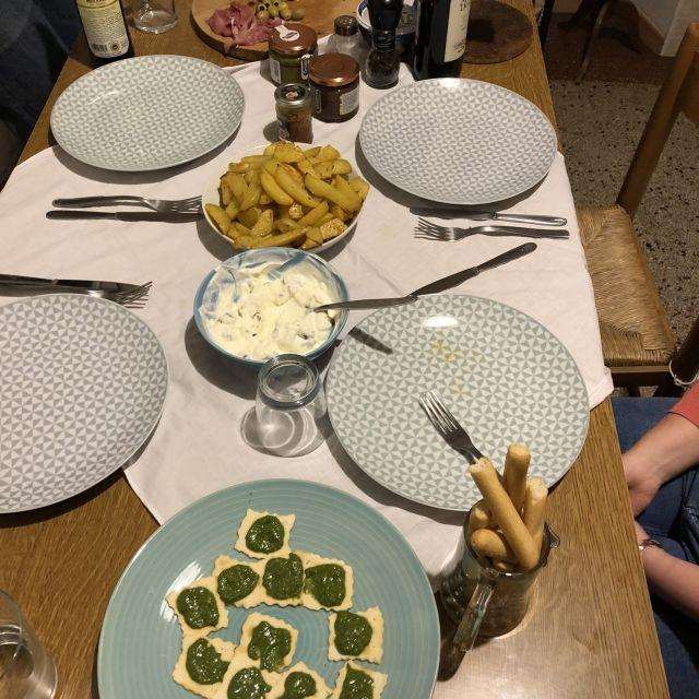 Vorspeisen auf dem Tisch in Italien.