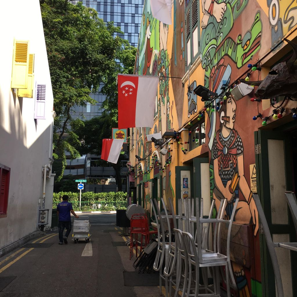 Von Singapur raus in die Welt