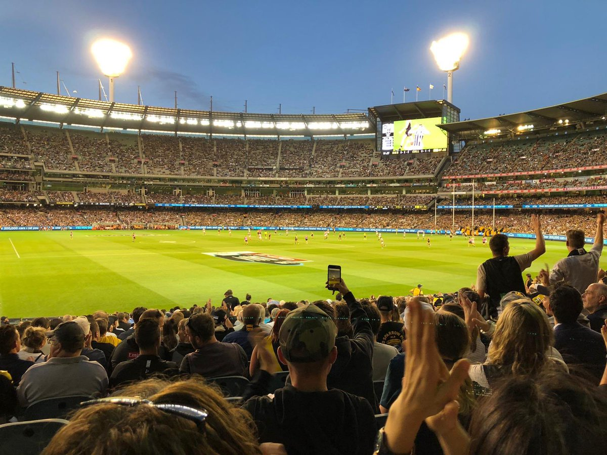 OZ Rules! Australien Football (Collingwood vs. Richmond) war super aufregend,…