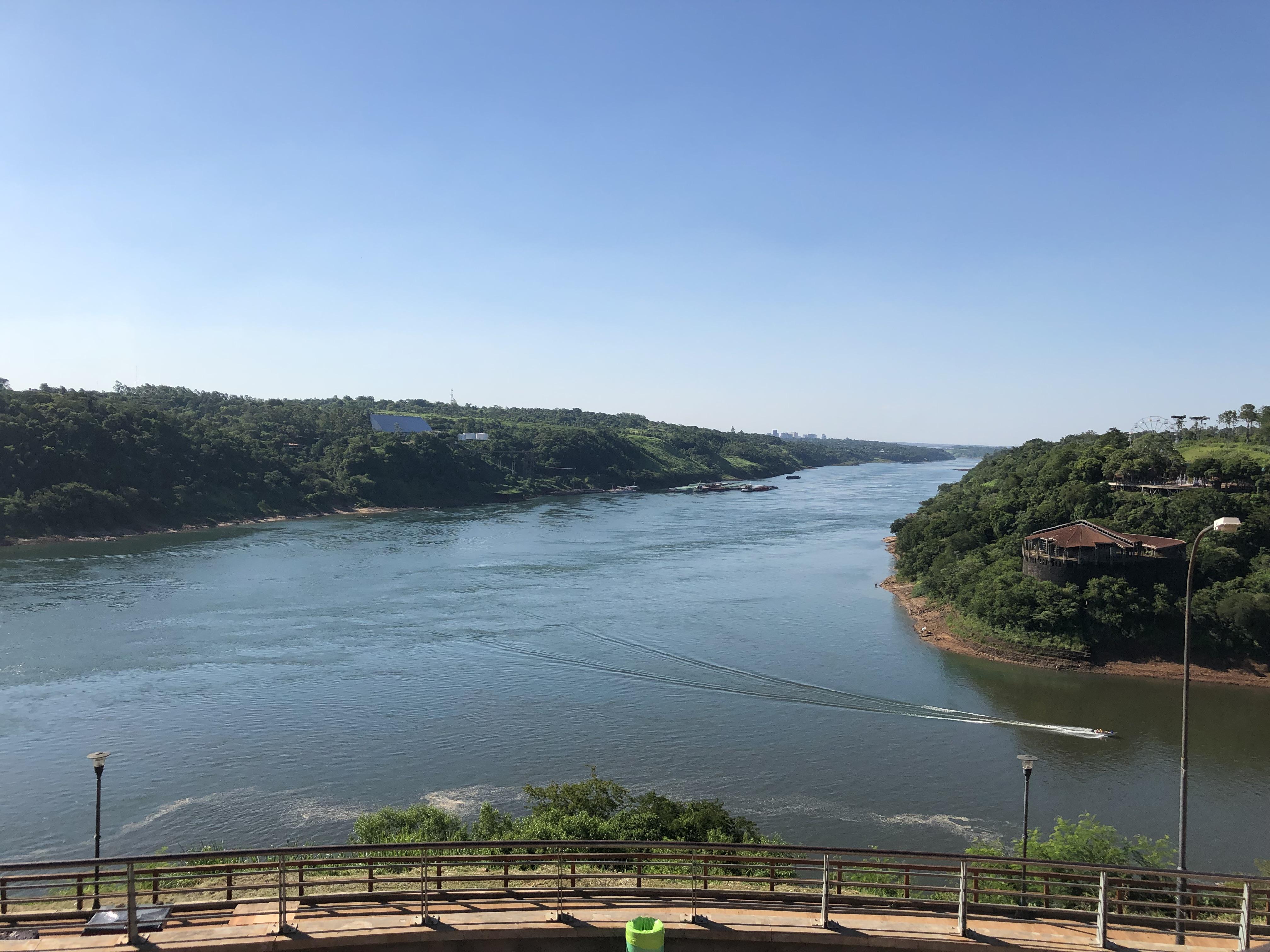 Die größten Wasserfälle der Welt: Las Cataratas del Iguazú!