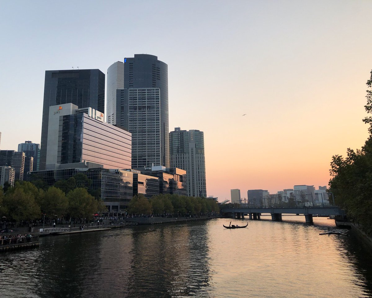 Blick auf einen Fluss in Melbourne.