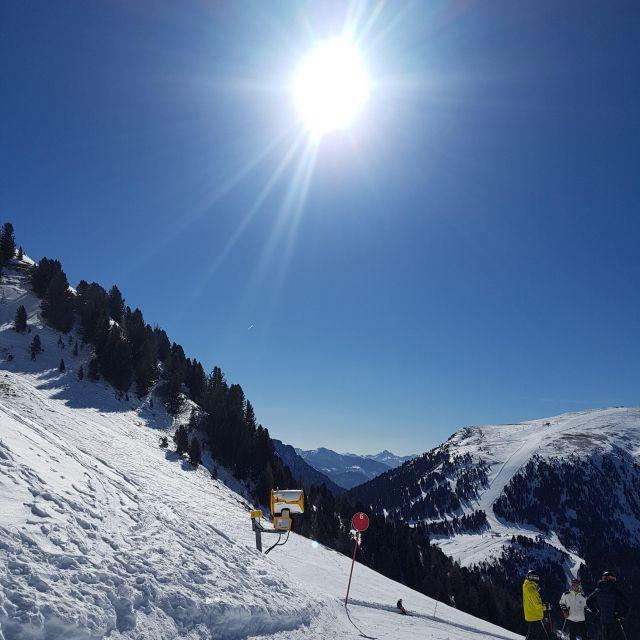Ski fahren - leider ein teuers Vergnügen, allerdings macht der Ausblick und Spaß dabei den hohen Preis schnell wieder wett