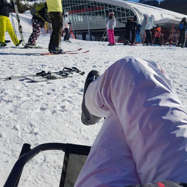 Eine kleine Verschnaufspause beim Skifahren