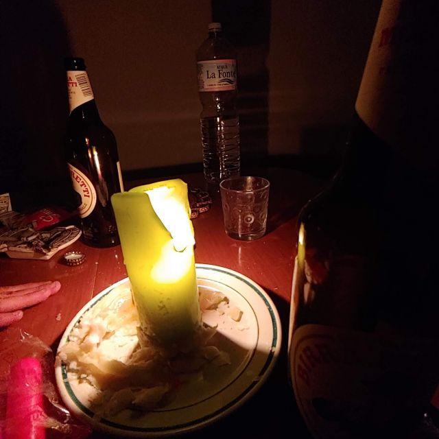 Kerzenlicht beim Stromaufall.