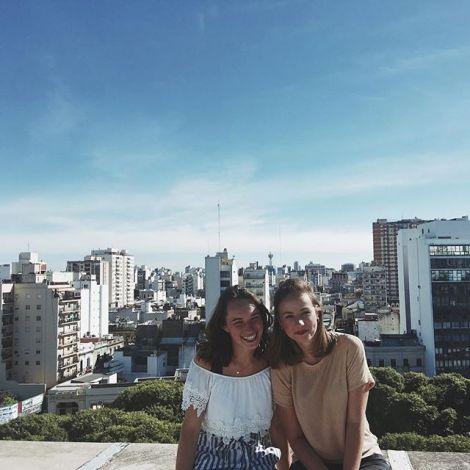 Aussicht über Buenos Aires von der Dachterasse meiner Fakultät ☀️…