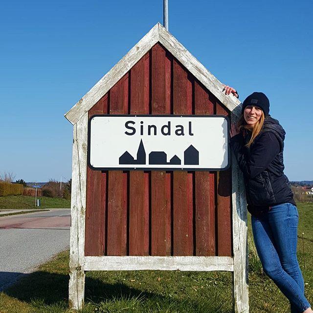 Willkommen in Sindal! Einem kleinen 3000 Einwohner Städtchen in Nordjütland…