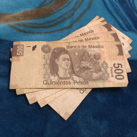 500-Pesos-Scheine mit dem Porträt von Frida Kahlo