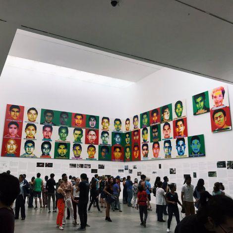 Hier in #Mexiko-Stadt läuft zur Zeit eine Ausstellung von @aiww. Sie behandelt…