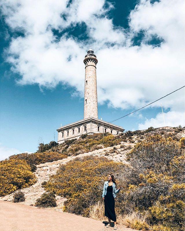 Nächster Stopp: Leuchtturm 🗼Auch diese Ortschaft hier war völlig…