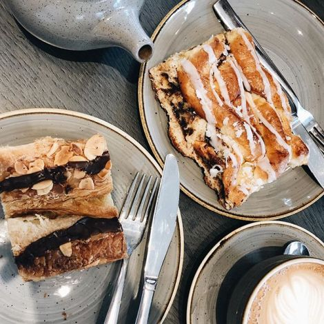 Sunday's are for coffee and cake. That's an unwritten rule. Even better if…