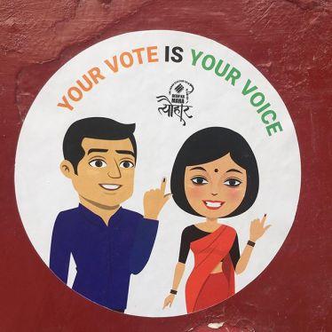 Mit 900 Millionen Wahlberechtigten werden heute die Stimmen der größten…