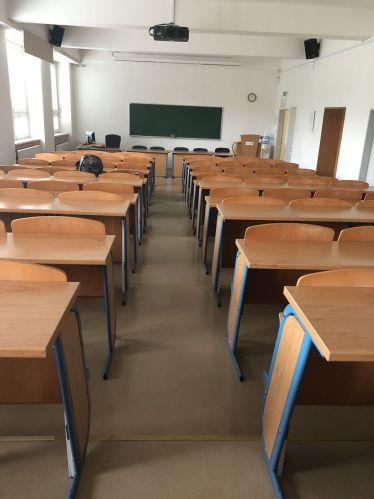 Es sieht so aus, dass nur ich die  Prüfung schreiben muss 🤔 #Prüfung…