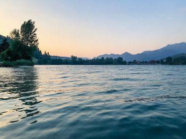 Italian Summer Nights 🌊 🏊♀️ 🚣♀️ #erlebees #caldonazzo…
