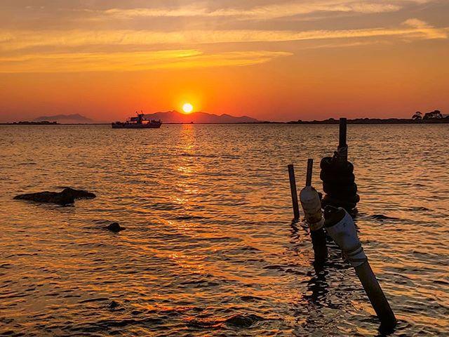 🌅 #sunset #marsala #saline #lagune #sicilia #egadi #nofilter #invinoveritas…