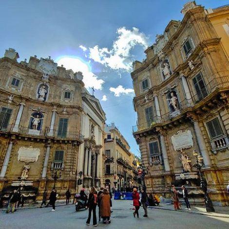 ⏳ #quattrocanti #palermo #history #architecture #erlebees #sicilia…