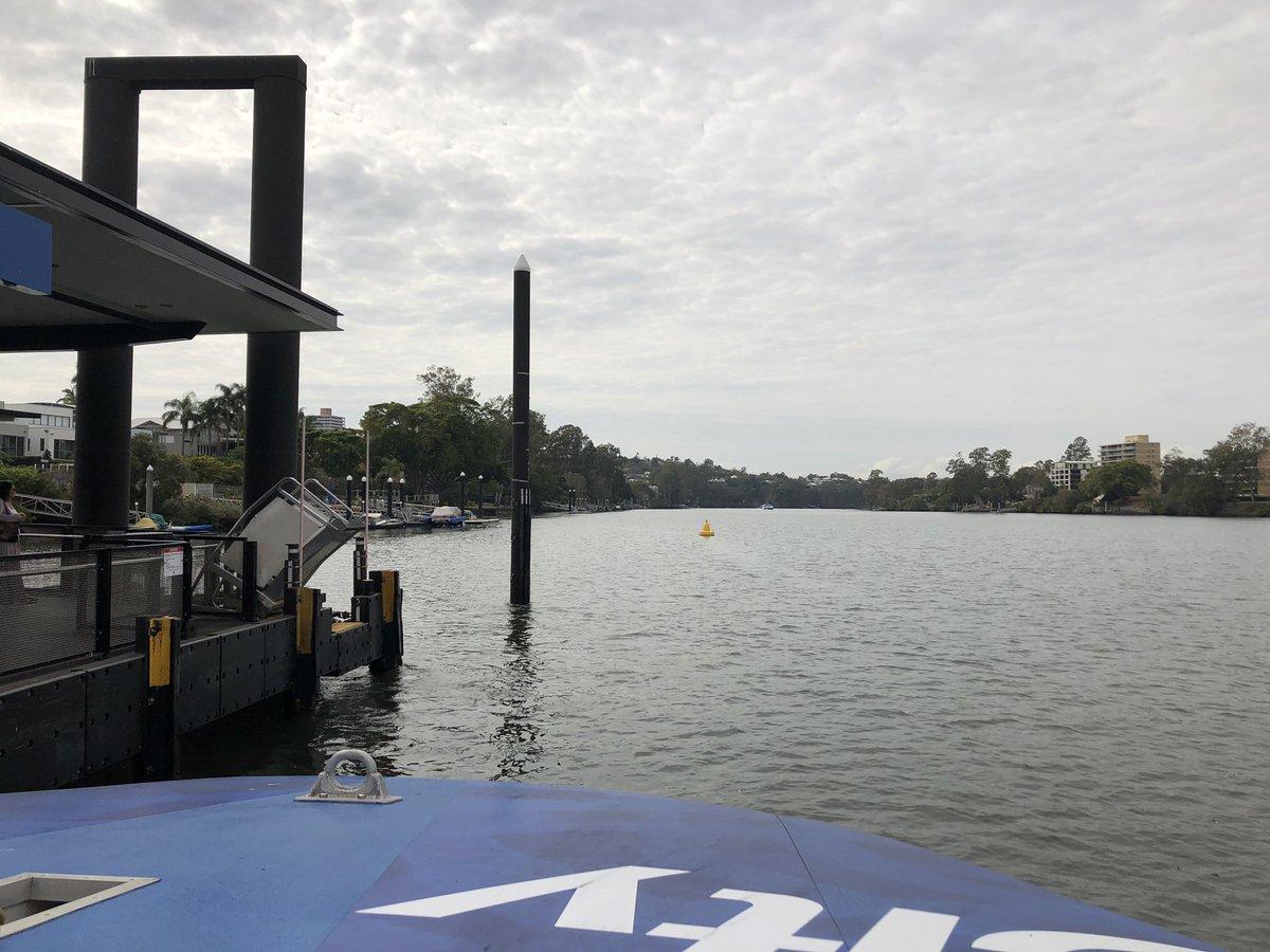 Mein Weg zur @uniQLD! Die Fähre auf dem #Brisbane River ist für mich die…