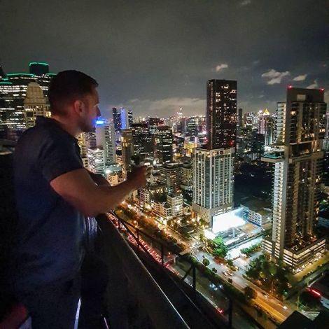 Bangkok bei Nacht. 🌃  Einmal in die #Rooftopbar, sollte auf jeder To Do…