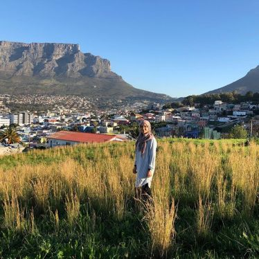 Hello und Goei Dag! In Kapstadt wird Englisch und Afrikaans gesprochen. Ich…