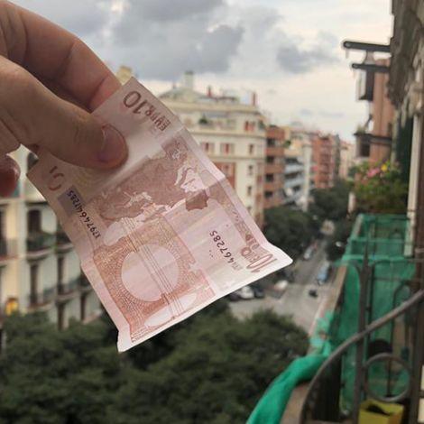 10 Euro über den Dächern Barcelonas