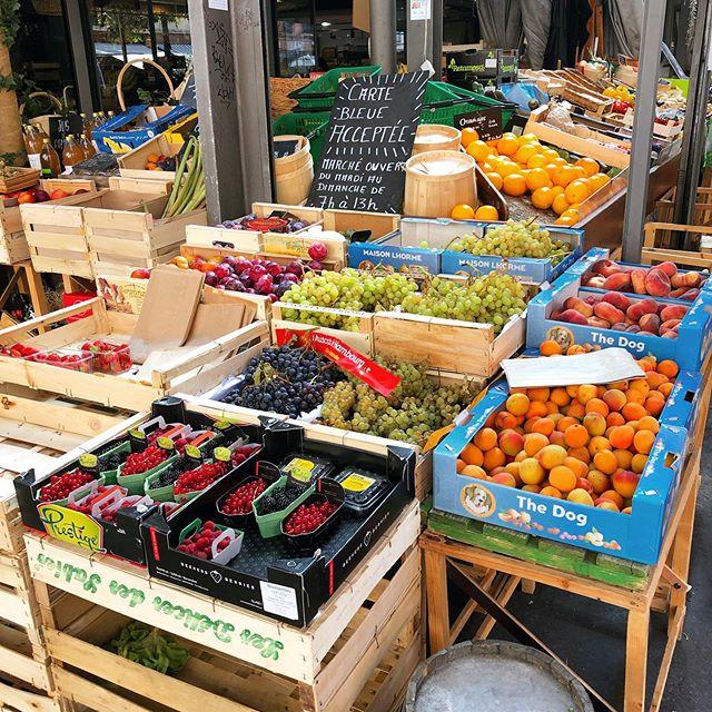 Südfrankreich, das sind für mich Märkte und Cafés. Fast täglich gibt es…