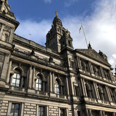 #Glasgow begrüßt mich mit einem sonnigen Tag. ♥️ Die wunderschönen City…