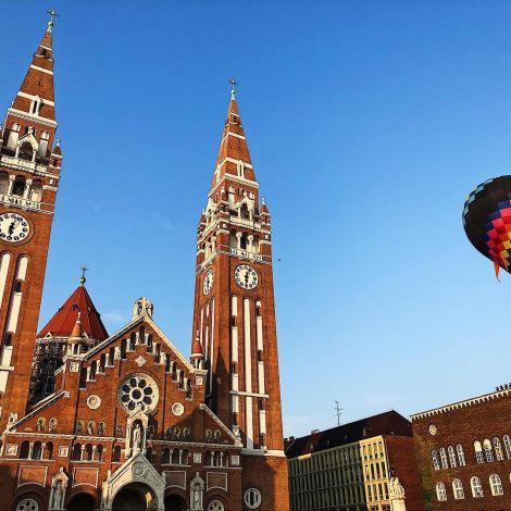 Die Kathedrale von Szeged ist die drittgrößte Kirche Ungarns. Für mich ist…