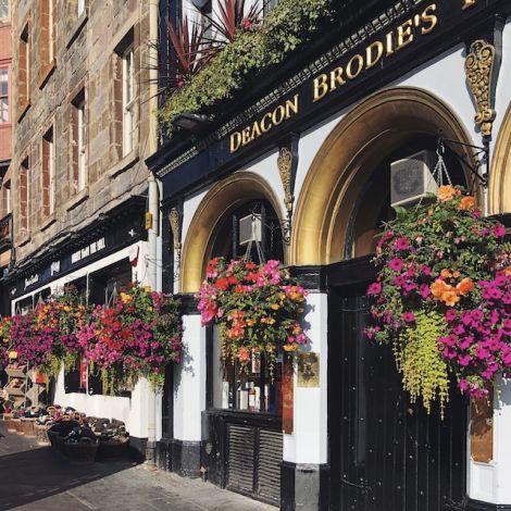 Pubs gibt es an jeder Straßenecke.
