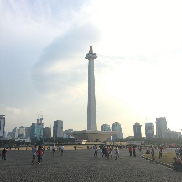 Das Nationale Denkmal in Jakarta