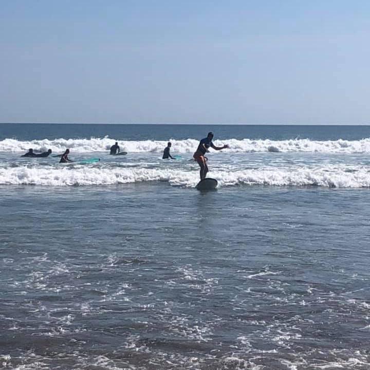 Meine erste Surfstunde am Double Six Beach