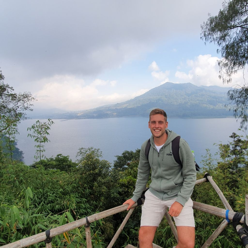 Zwischen Bergen, Seen und heiligen Tempeln
