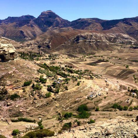 Dass Lesotho ein Königreich mitten in Südafrika ist, wisst ihr bereits. Habt…