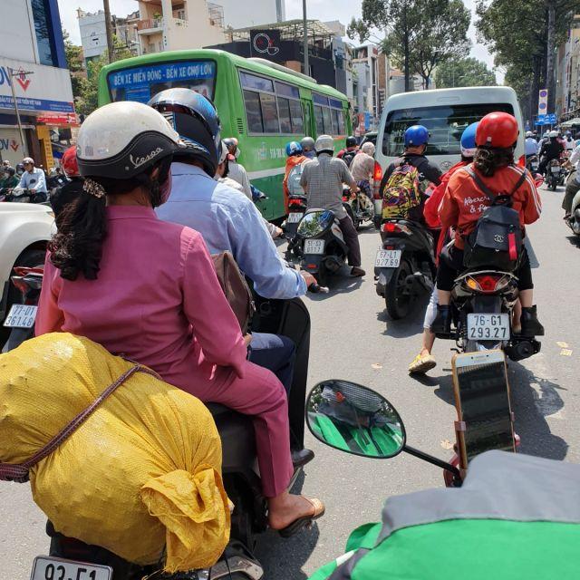 Eine Szene aus dem normalen Verkehr