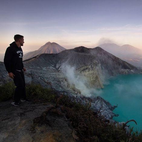 3 Vulkane in 6 Tagen.. 🌋 Mount #Ijen ist wirklich nicht von dieser Welt.…