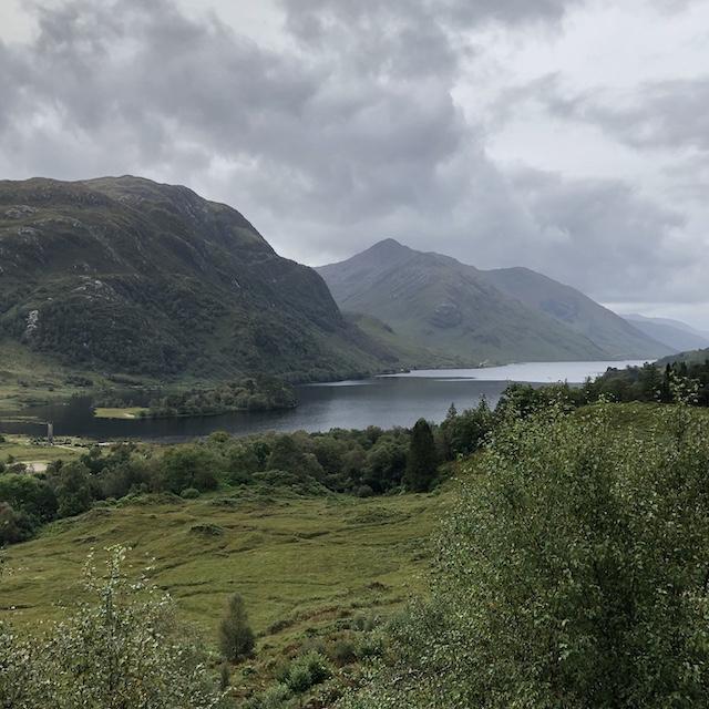 Loch Shiel - der Drehort vom großen See im 4. Harry Potter Film. Das Loch habe ich auf meiner Reise durch Schottland besichtigt.
