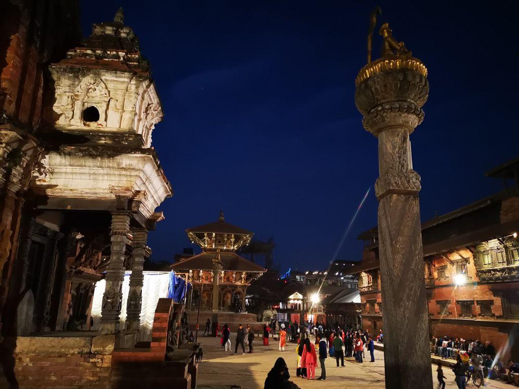 Patan Durbar Square bei Nacht