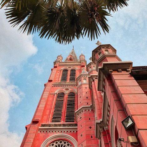 Pink Church 💒 Ho Chi Minh City ist die Stadt der Kirchen in Vietnam. Durch…