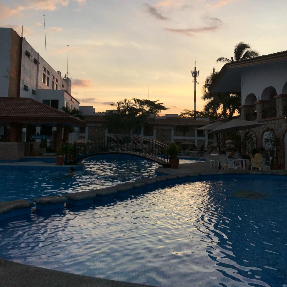 Einen frohen ersten Advent aus Colima! Hier haben wir diese Woche mit der…