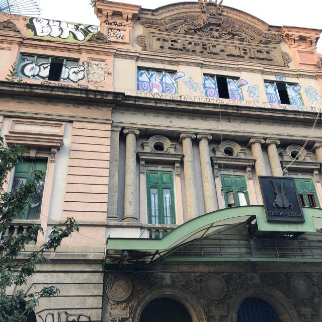 Viele Gebäude sind renovierungsbedürftig im El Centro