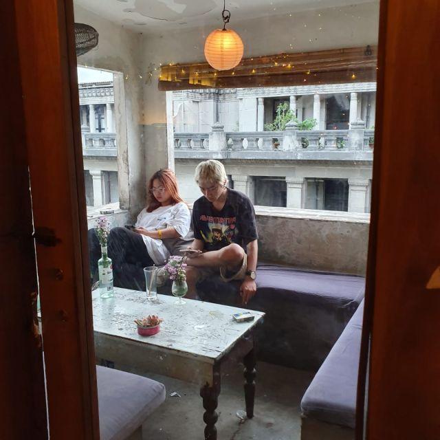 Der Balkon vom Mockingbird Cafe.
