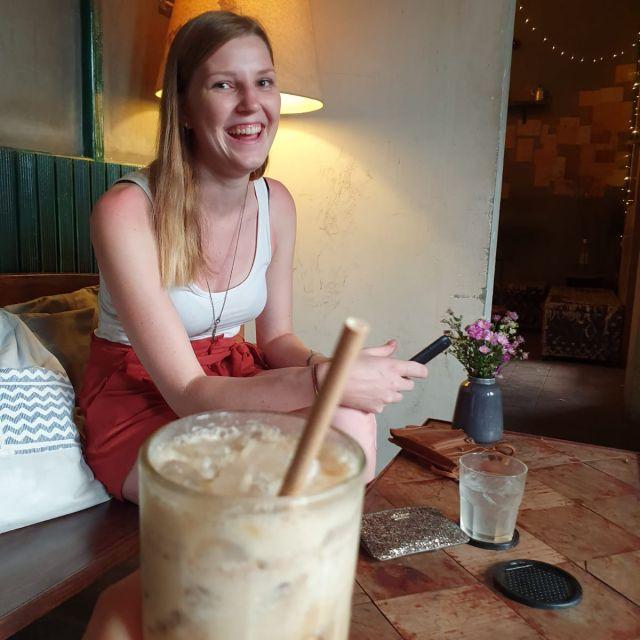 Ein Kaffeedate mit Lisa im Mockingbird.