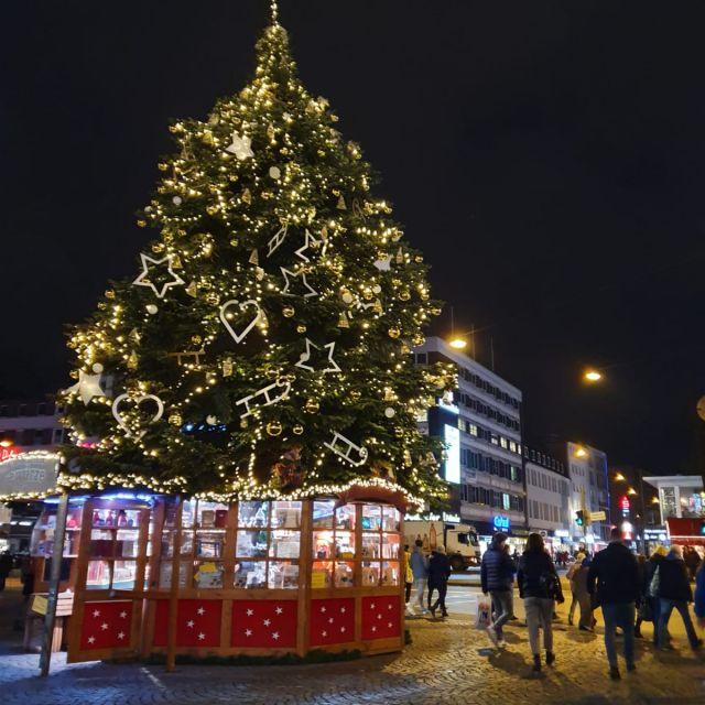 Zurück in Deutschland auf dem Bielefelder Weihnachtsmarkt.
