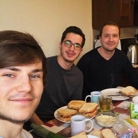 • Schon einen Monat ist meine Abreise aus Ungarn wieder her - auf dem Bild…