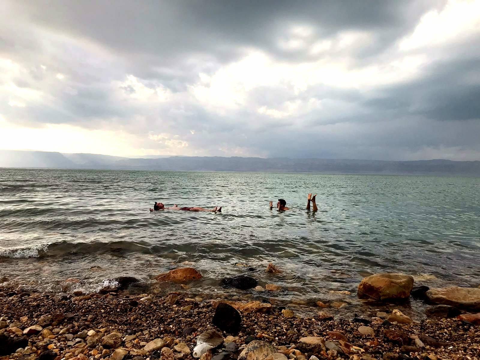 """Am Toten Meer ist so langsam der """"Winter"""" angebrochen. Durch die hohe…"""