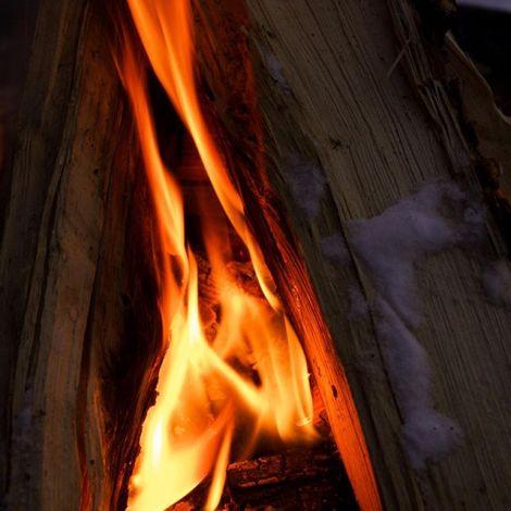 Es geht doch nicht über einen Sonntagsspaziergang im Schnee mit Lagerfeuer…
