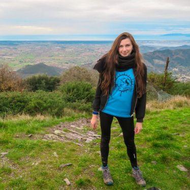Auf diesem Bild bin ich auf dem höchsten Wanderpunkt in Pisa und habe einen Überblick über die ganze Region
