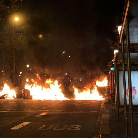 Feuer am Plaça Catalunya