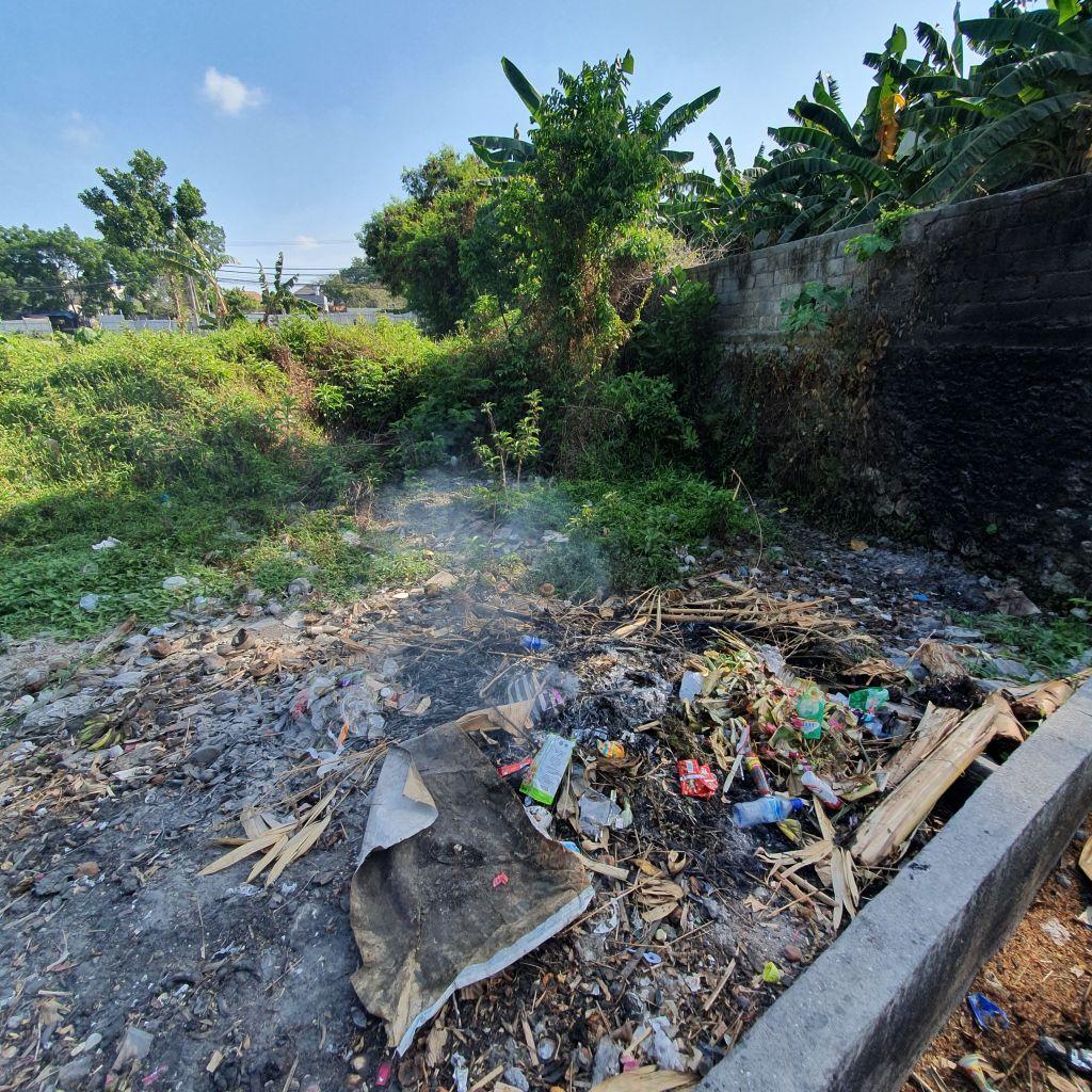 Eine von Hunderten Müllplätzen auf Bali.