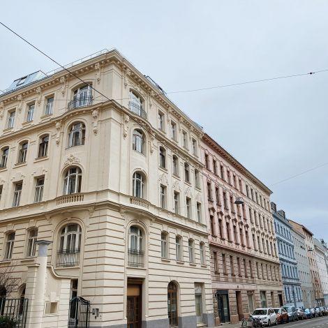 Ich habe meinen ersten Tag in Wien genutzt, um mein Viertel kennenzulernen und…